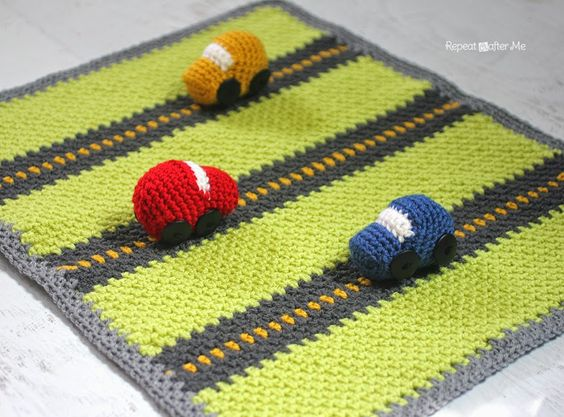 Carrera de coches en crochet