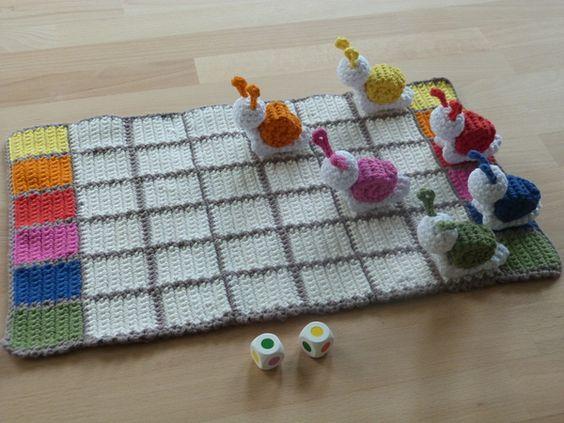 Juego, carrera de caracoles en crochet