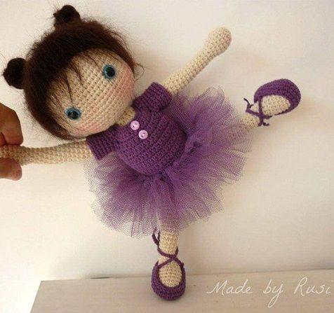 Bella bailarina amigurumi hecha a mano