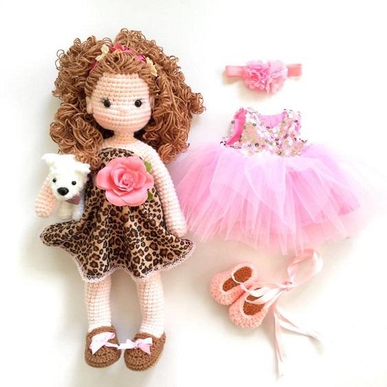 Nathalie's Dolls, una artista como la copa de un pino