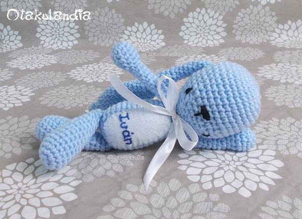 Conejitos guapos dormilones de Otakulandia