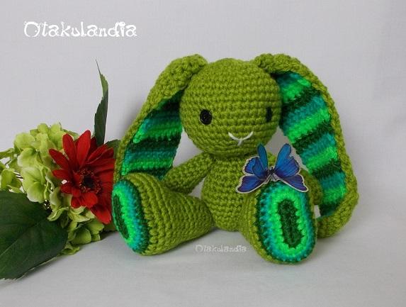 Conejitos guapos de Otakulandia en crochet