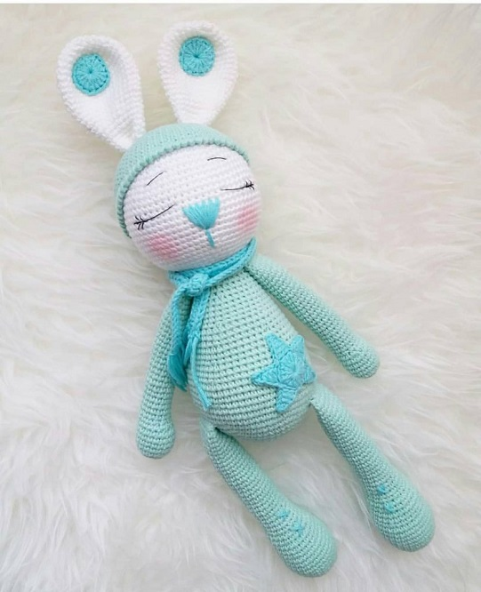 Conejitos guapos para bebés hechos a mano en crochet