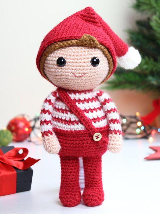 Elfo navideño amigurumi