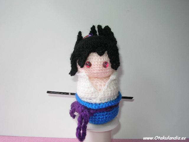 Sasuke, compañero de Naruto, amigurumi