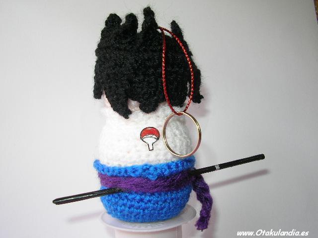 Sasuke, compañero de Naruto- visto de espaldas, amigurumi