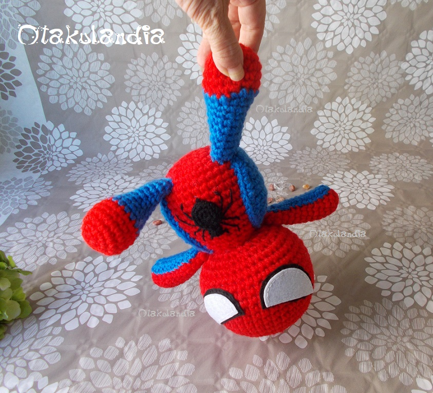 Spiderman, super héroe amigurumi