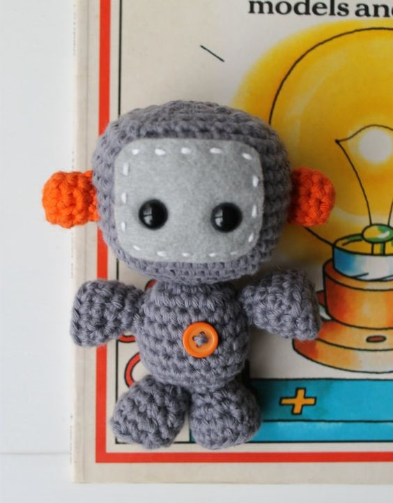 robot crochet