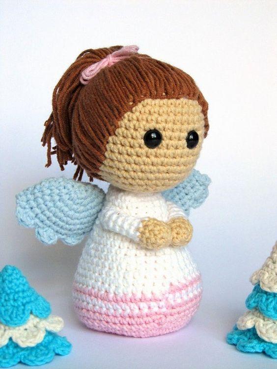 ángel hecho a mano en crochet